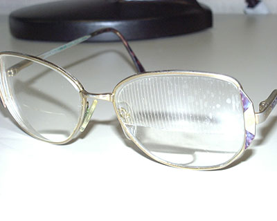 Eyeglasses with Fresnel prism
