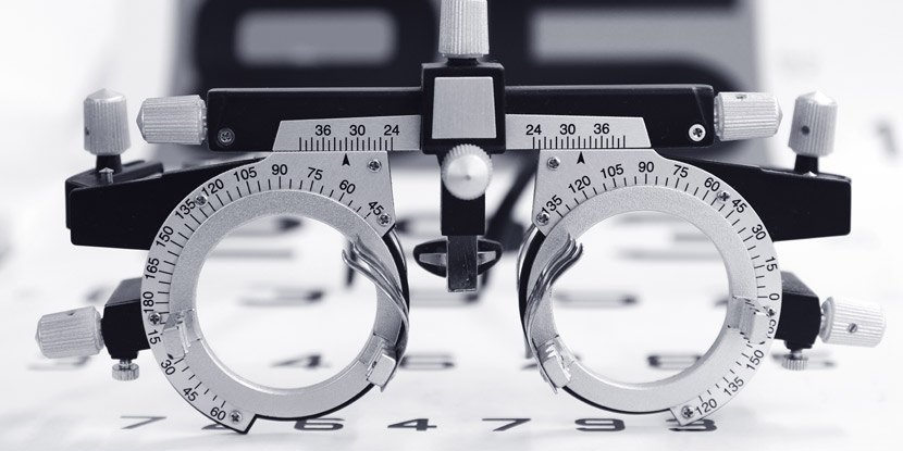 drivers license eye test glasses