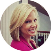 Shannon Bream, a news reporter, who was diagnosed with epithelial dystrophy and corneal erosions.