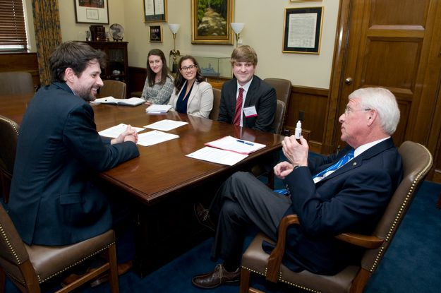 Ophthalmologists meet with Roger Wicker